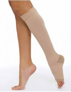 Чулок компрессионный до колена с открытым мыском, 2 кл, 1 шт, Центр Компресс (ЦК)